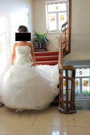 Hochzeitskleid Brautkleid mit Schleppe inkl