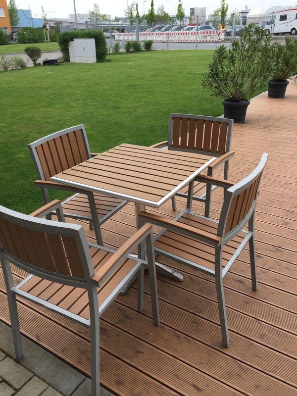 Bistrotisch und Stühle / Gartenmöbel in Teakoptik in Fürth - kaufen ...