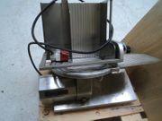SCHARFEN E 2000 Vollautomatische Aufschnittmaschine