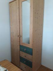 Schlafzimmerkasten vollholz  Kleiderschrank Massivholz - Haushalt & Möbel - gebraucht und neu ...