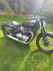Triumph Bonneville Bober