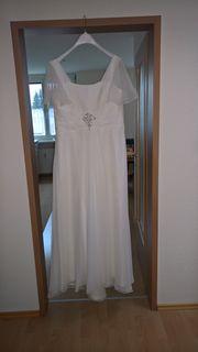 Brautmode In Gotzis Bekleidung Accessoires Gunstig Kaufen