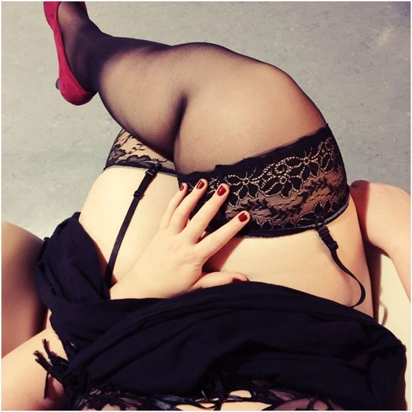 sie sucht ihn erotik nürnberg mollig erotik