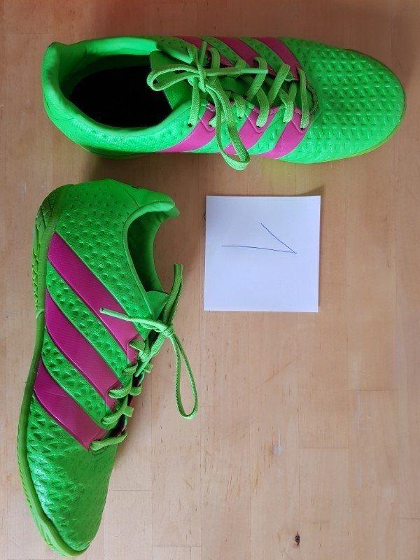 Herren Nike Schuhe in 47 nagelneu (mit Preisschild)