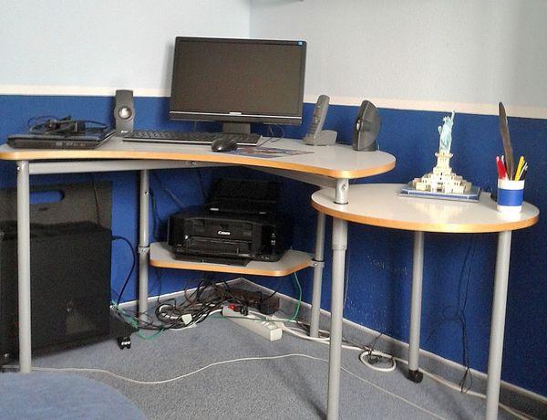 Schreibtisch Computerarbeitsplatz Computerschreibtisch In München