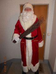 Suchen Sie einen Weihnachtsmann