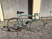 Bianci Rennrad aus