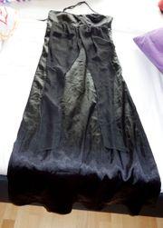tolles schwarzes Neckholderabendkleid Größe 40