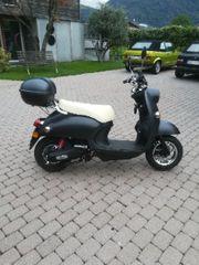 SNE Elektro Roller Moped