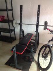 Hantelgerät Heimtrainer Hantelbank mit Gewichten
