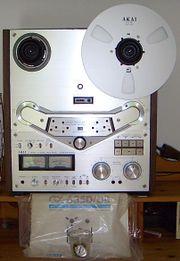 Akai GX 635D