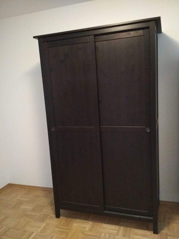 Kleiderschrank Ikea Hemnes Schwarzbraun In Aying Ikea Möbel Kaufen