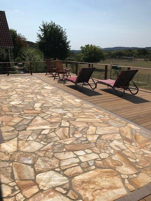 Terrassenplatten Quarzit Violet Naturstein Bruchstein