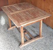 Gartentisch aus Vollholz