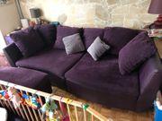 Couch mit Beistellhocker lila Top