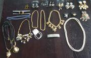 100 Teile Modeschmuck für Flohmarkt