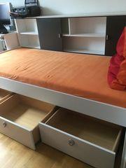 Jugendbett mit ohne Matratze auf