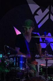 Metal Drummer Sucht Band aus