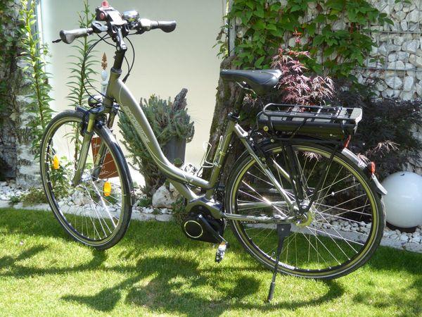 Je 1 Damen und Herren-E-Bike - Schwabach - Je 1 Damen- und Herren-E-Bike, anthrazit, KTM (Dynamiks) RH 51 cm, 28 Zoll,8-Gang Nabenschaltung, Öldruckbremsen, Bosch-Mittelmotor, Akku Bosch36V, 288 Wh - gut erhalten. Je 550,00 Euro. - Neupreis je 2.200 Euro - Schwabach