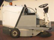 Kehrsaugmaschine Kenter Sweep