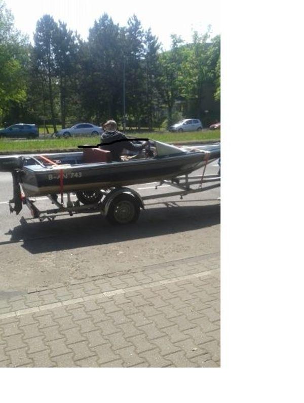 Verkaufe Kleines Motor Boot für ca, 6 Personen in Oberschönweide mit ...