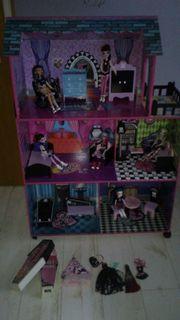 Monster High Puppenhaus mit Möbeln