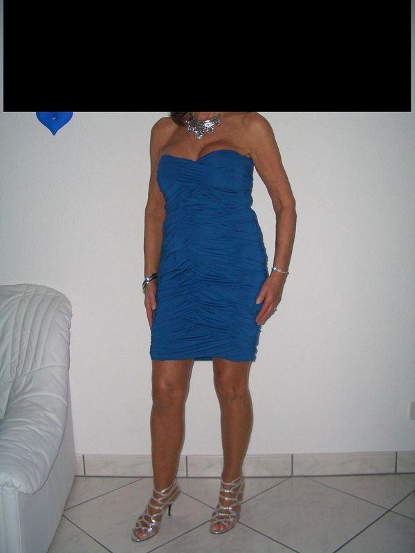 Exklusive Damenkleider