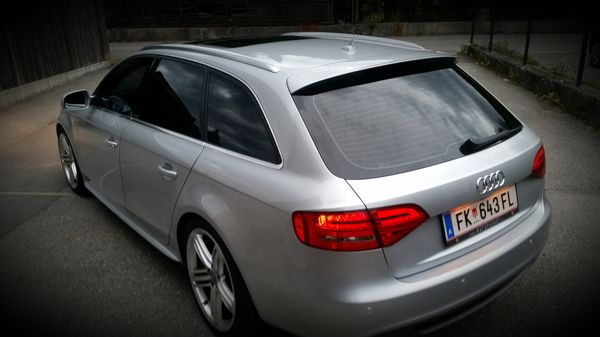 Audi A4 Avant 2 7v6