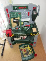 Bosch Mini Werkbank mit Werkzeugen