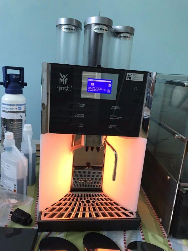 wmf presto kaffeevollautomat tassenw rmer zubeh r in berlin kaffee espressomaschinen. Black Bedroom Furniture Sets. Home Design Ideas