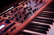 Pop House Party-Band sucht Keyboarder