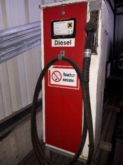 Tankstelle Zapfsäule Benzin