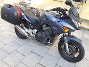 Honda CBF 600,