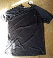 Trainingsset von ALEX - T-shirt und