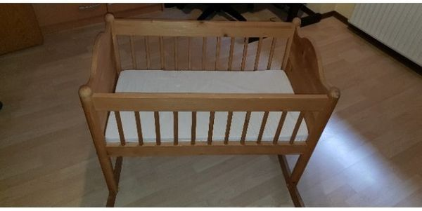 Ikea Babywiege inkl Matratze