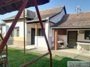 Haus mit Gästeappartement Ungarn Balatonr