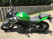 Frauenmotorrad - tiefergelegt - Kawasaki Z300