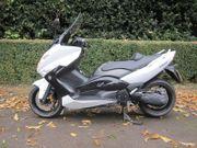 Yamaha TMax XP