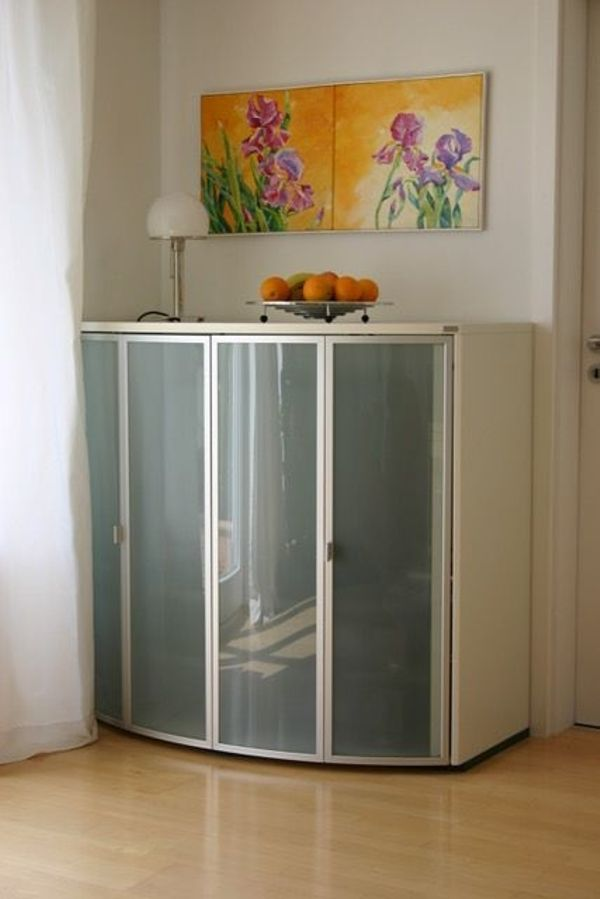 Büroschrank weiß mit türen  Hülsta TV-, Hifi-, Drucker-, Büroschrank mit satinierten Türen ...