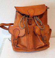 Attraktiver Rucksack aus den 80er