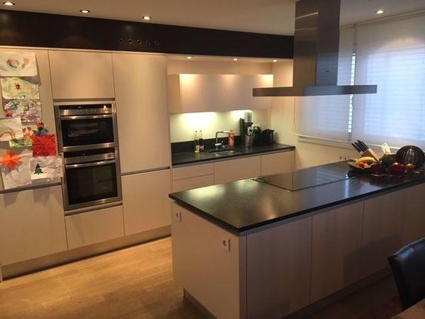 Erstaunliche Bilder granitplatte küche - Am besten ausgewählte ...